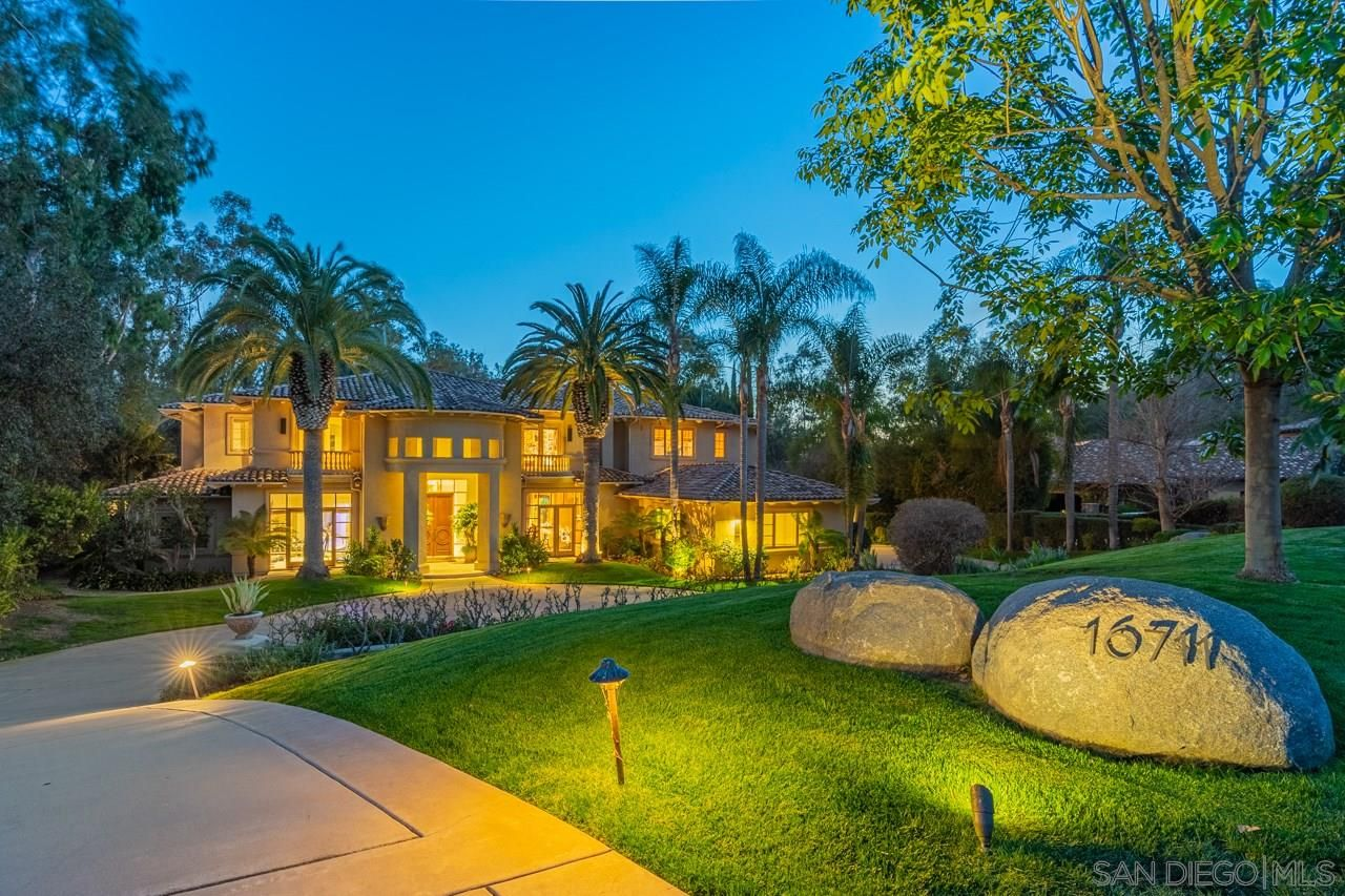 Main Photo: RANCHO SANTA FE House for sale : 6 bedrooms : 16711 Avenida Arroyo Pasajero
