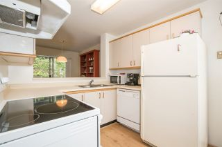 """Photo 5: 23 2736 ATLIN Place in Coquitlam: Coquitlam East Townhouse for sale in """"CEDAR GREEN ESTATES"""" : MLS®# R2226742"""