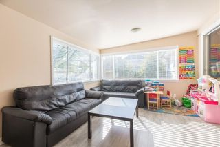 Photo 2: 6102 175A Street in Surrey: Cloverdale BC House for sale (Cloverdale)  : MLS®# R2472448