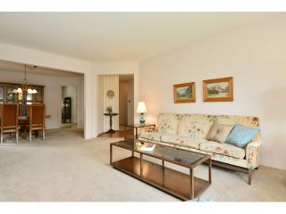 """Photo 3: 1820 140B Street in Surrey: Sunnyside Park Surrey House for sale in """"Ocean Bluff"""" (South Surrey White Rock)  : MLS®# F1436536"""