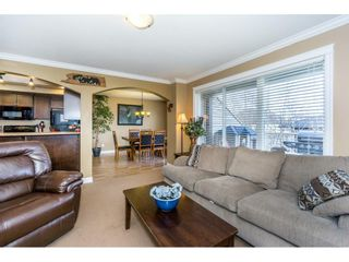 """Photo 3: 21 46778 HUDSON Road in Sardis: Promontory Townhouse for sale in """"COBBLESTONE TERRACE"""" : MLS®# R2235852"""