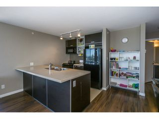 "Photo 8: 1804 13688 100 Avenue in Surrey: Whalley Condo for sale in ""Park Place"" (North Surrey)  : MLS®# R2207915"