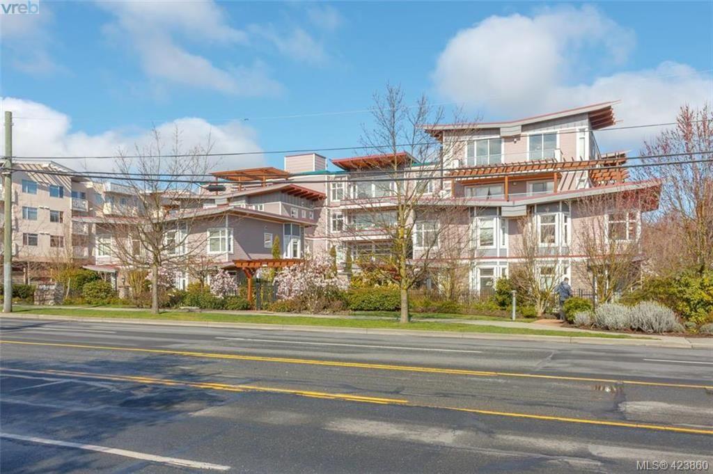 Main Photo: 307 1510 Hillside Ave in VICTORIA: Vi Hillside Condo for sale (Victoria)  : MLS®# 837064
