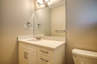 """Photo 16: 15879 ALDER Place in Surrey: King George Corridor Townhouse for sale in """"ALDERWOOD"""" (South Surrey White Rock)  : MLS®# R2471622"""