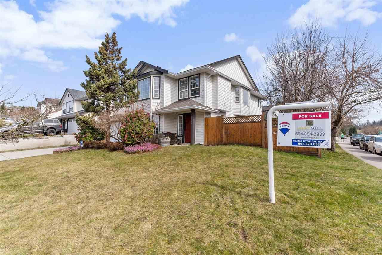 """Main Photo: 8220 PEACOCK Street in Mission: Mission BC House for sale in """"CHERRY HILL ESTATES"""" : MLS®# R2552916"""