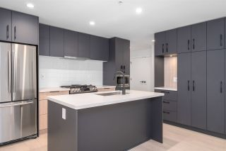 """Photo 3: 315 3038 ST. GEORGE Street in Port Moody: Port Moody Centre Condo for sale in """"GEORGE BY MARCON"""" : MLS®# R2555633"""