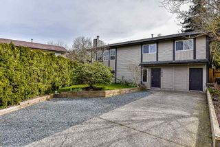 Main Photo: 26850 34 Avenue in Langley: Aldergrove Langley House for sale : MLS®# R2618373