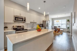 """Photo 6: 27 7169 208A Street in Langley: Willoughby Heights Townhouse for sale in """"Lattice"""" : MLS®# R2540801"""