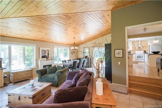 Photo 9: Photos: 28040 Hillside Road in Birds Hill: RM of Springfield Residential for sale (R04)  : MLS®# 1723179