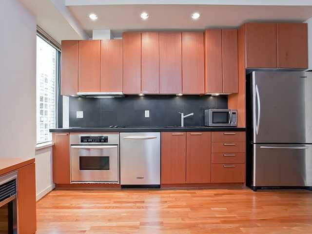 """Photo 3: Photos: 710 1333 W GEORGIA Street in Vancouver: Coal Harbour Condo for sale in """"THE QUBE"""" (Vancouver West)  : MLS®# R2420548"""