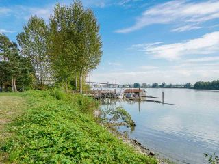 """Photo 38: 30 19572 FRASER Way in Pitt Meadows: South Meadows Townhouse for sale in """"COHO II"""" : MLS®# R2540843"""