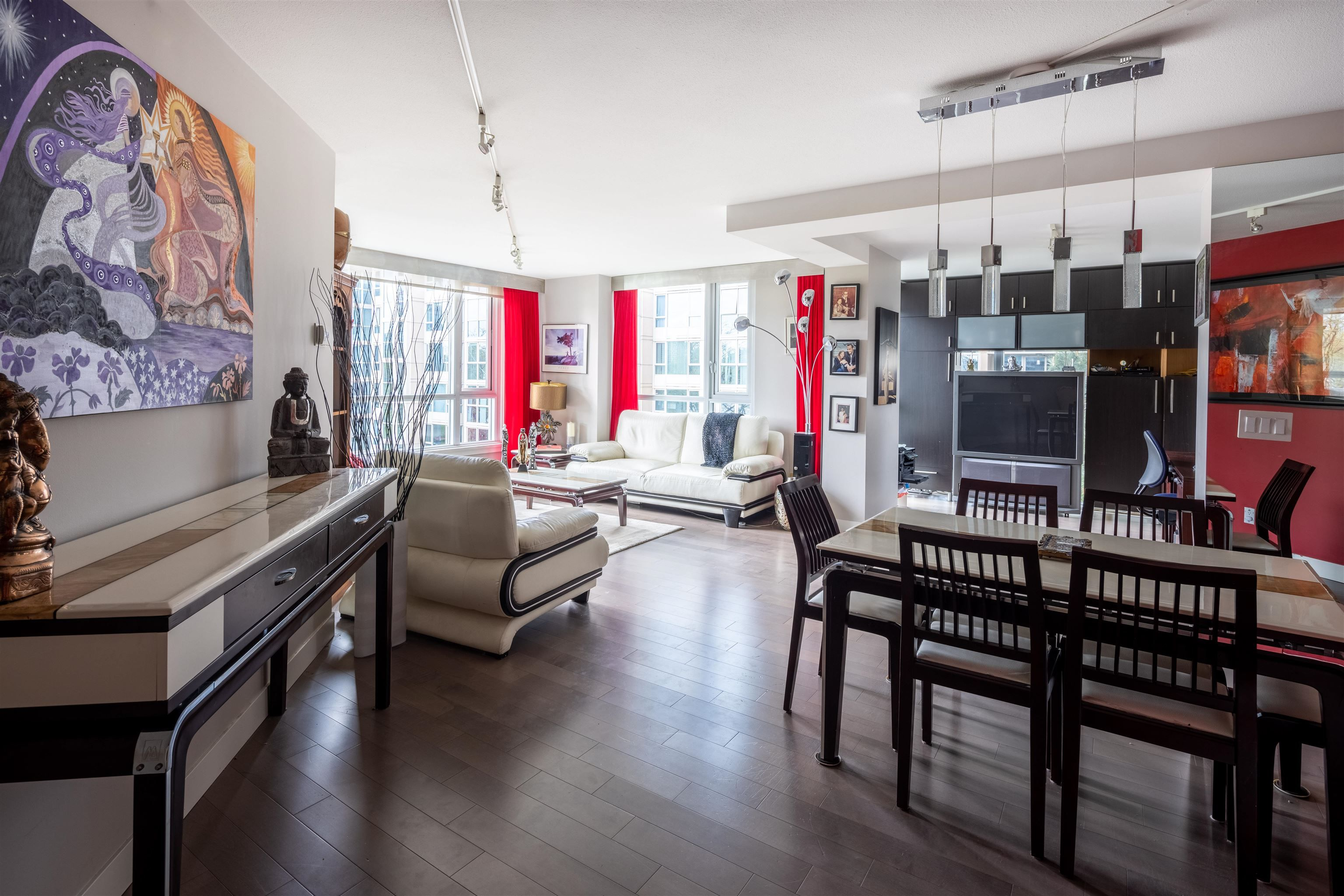 """Main Photo: 601 388 DRAKE Street in Vancouver: Yaletown Condo for sale in """"GOVERNORS TOWER"""" (Vancouver West)  : MLS®# R2616318"""