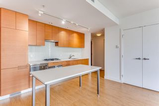 Photo 12: 547 222 Riverfront Avenue SW in Calgary: Chinatown Apartment for sale : MLS®# A1136653