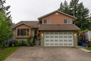 Photo 1: 19609 WAKEFIELD Drive in Langley: Willoughby Heights House for sale : MLS®# R2622964