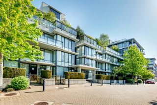 """Photo 1: 512 9009 CORNERSTONE Mews in Burnaby: Simon Fraser Univer. Condo for sale in """"THE HUB"""" (Burnaby North)  : MLS®# R2507886"""