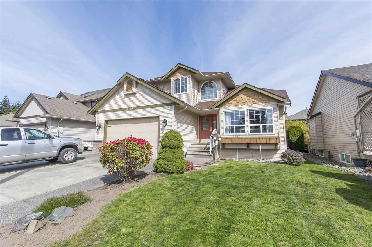 Main Photo: 5798 CARTER Road in Sardis: Vedder S Watson-Promontory House for sale : MLS®# R2359731