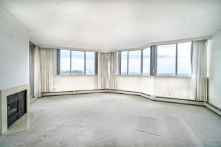 "Photo 3: 1208 11881 88 Avenue in Delta: Annieville Condo for sale in ""Kennedy Tower"" (N. Delta)  : MLS®# R2398771"