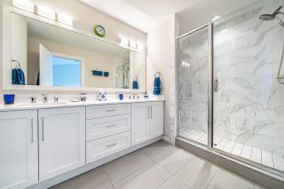 """Photo 15: 1 15717 MOUNTAIN VIEW Drive in Surrey: Grandview Surrey Townhouse for sale in """"Olivia"""" (South Surrey White Rock)  : MLS®# R2610838"""