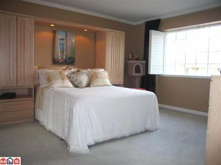 """Photo 8: 102 6094 W BOUNDARY Drive in Surrey: Panorama Ridge Townhouse for sale in """"LAKEWOOD ESTATES"""" : MLS®# F1011034"""