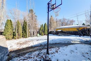 Photo 32: 204 Witney Avenue South in Saskatoon: Meadowgreen Residential for sale : MLS®# SK845574