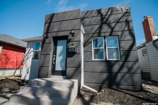 Photo 2: 812 3rd Avenue North in Saskatoon: City Park Commercial for sale : MLS®# SK850752