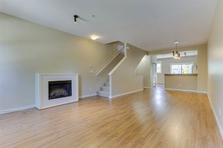 """Photo 8: 70 19572 FRASER Way in Pitt Meadows: South Meadows Townhouse for sale in """"COHO II"""" : MLS®# R2494796"""