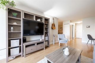 """Photo 4: 314 5765 GLOVER Road in Langley: Langley City Condo for sale in """"College Court"""" : MLS®# R2586061"""