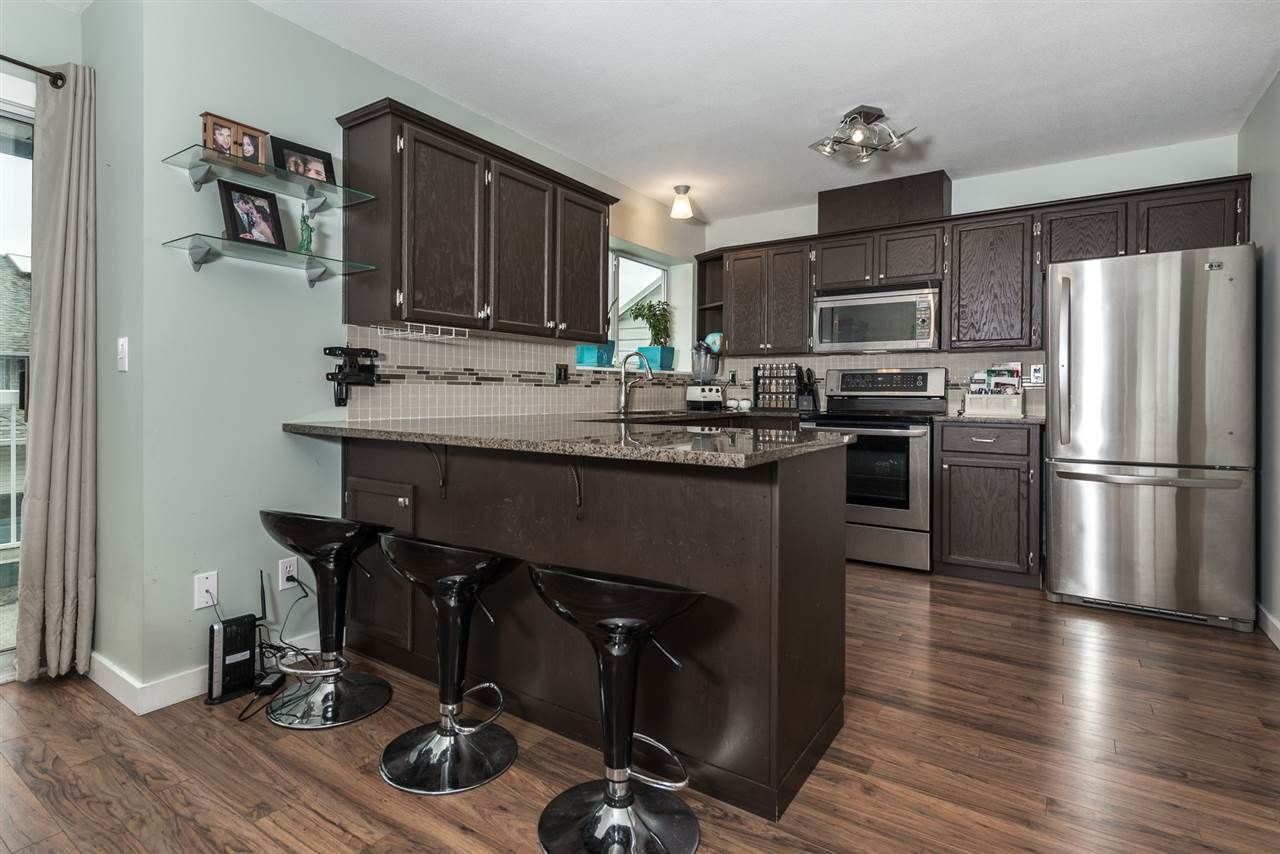 Main Photo: 30 1355 CITADEL DRIVE in : Citadel PQ Townhouse for sale : MLS®# R2046761