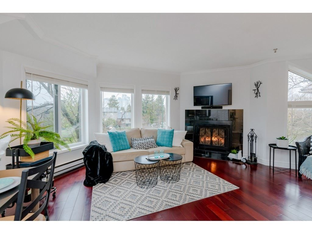 Main Photo: E3 1100 W 6TH AVENUE in Vancouver: Fairview VW Townhouse for sale (Vancouver West)  : MLS®# R2525678