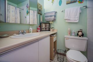 """Photo 11: 319 6931 COONEY Road in Richmond: Brighouse Condo for sale in """"DOLPHIN PLACE"""" : MLS®# R2439531"""