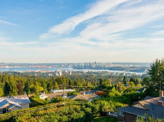 Photo 1: 875 EYREMOUNT Drive in West Vancouver: British Properties House for sale : MLS®# R2618624