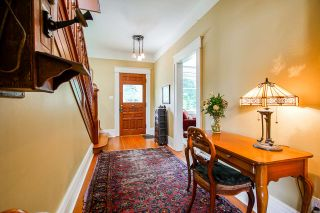 Photo 3: 401 QUEENS Avenue in New Westminster: Queens Park House for sale : MLS®# R2487780