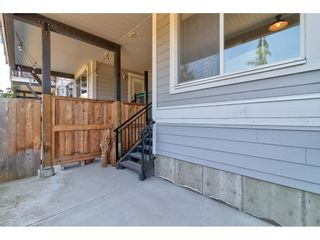 """Photo 40: 28 15717 MOUNTAIN VIEW Drive in Surrey: Grandview Surrey Townhouse for sale in """"Olivia"""" (South Surrey White Rock)  : MLS®# R2600355"""