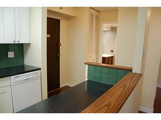 """Photo 3: 104 710 7TH Avenue in New Westminster: Uptown NW Condo for sale in """"THE HERITAGE"""" : MLS®# V1016601"""