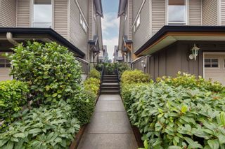 """Photo 2: 13 16789 60 Avenue in Surrey: Cloverdale BC Townhouse for sale in """"LAREDO"""" (Cloverdale)  : MLS®# R2623351"""