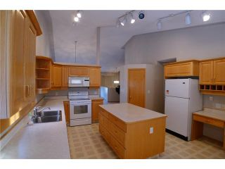 Photo 5:  in CALGARY: Monterey Park Residential Detached Single Family for sale (Calgary)  : MLS®# C3595275