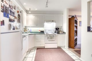 """Photo 12: 406 13780 76 Avenue in Surrey: East Newton Condo for sale in """"Earls Court"""" : MLS®# R2515734"""