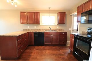 Photo 4: 262 26th Street in Battleford: Residential for sale : MLS®# SK856331