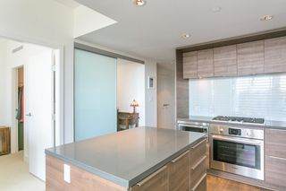 """Photo 5: 2203 1550 FERN Street in North Vancouver: Lynnmour Condo for sale in """"BEACON AT SEYLYNN VILLAGE"""" : MLS®# R2086441"""