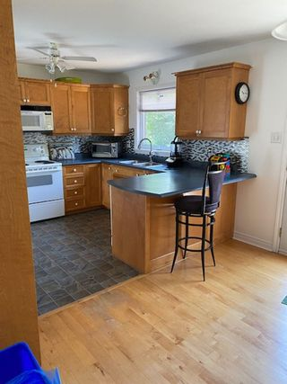 Photo 6: 209 Clayton Drive in Fox Point: 405-Lunenburg County Residential for sale (South Shore)  : MLS®# 202117636