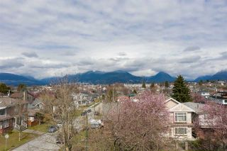 "Photo 6: 2504 NAPIER Street in Vancouver: Renfrew VE House for sale in ""RENFREW"" (Vancouver East)  : MLS®# R2449289"
