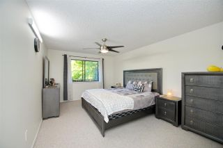 """Photo 12: 214 10662 151A Street in Surrey: Guildford Condo for sale in """"Lincoln Hill"""" (North Surrey)  : MLS®# R2501771"""