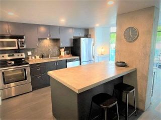 """Photo 8: 503 130 E 2 Street in North Vancouver: Lower Lonsdale Condo for sale in """"The Olympic"""" : MLS®# R2585234"""