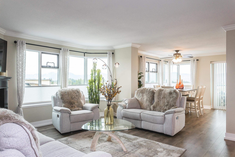 "Main Photo: 803 32440 SIMON Avenue in Abbotsford: Abbotsford West Condo for sale in ""TRETHEWEY TOWER"" : MLS®# R2625471"