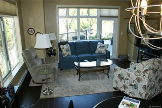 Photo 10: 102 590 Bezanton Way in Colwood: Co Latoria Condo for sale : MLS®# 839510