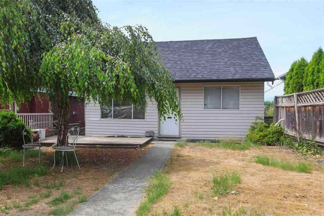 Main Photo: 4817 JOYCE Street in Vancouver: Collingwood VE House for sale (Vancouver East)  : MLS®# R2576133