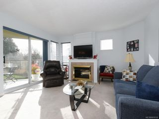 Photo 6: 203 6585 Country Rd in Sooke: Sk Sooke Vill Core Condo for sale : MLS®# 841018