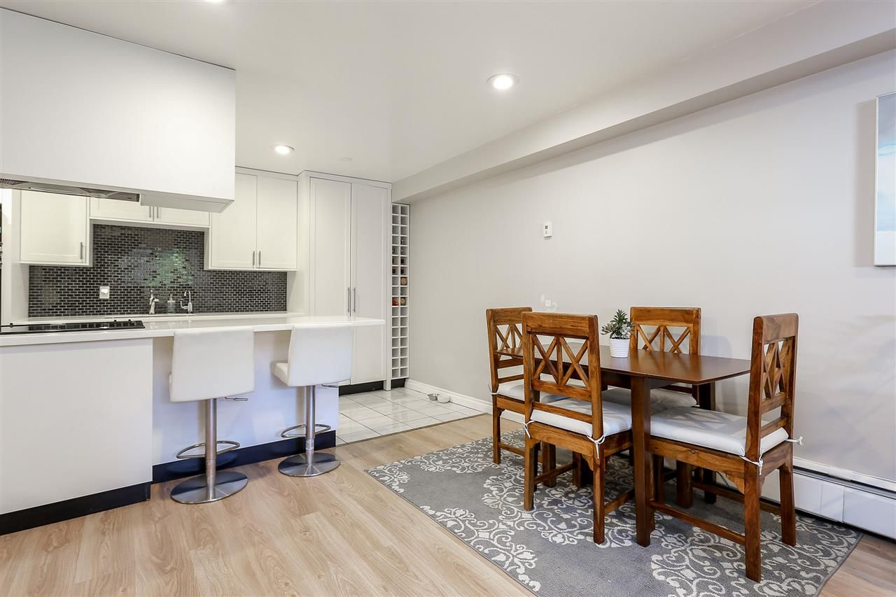 """Photo 5: Photos: 103 1484 CHARLES Street in Vancouver: Grandview VE Condo for sale in """"LANDMARK ARMS"""" (Vancouver East)  : MLS®# R2013401"""