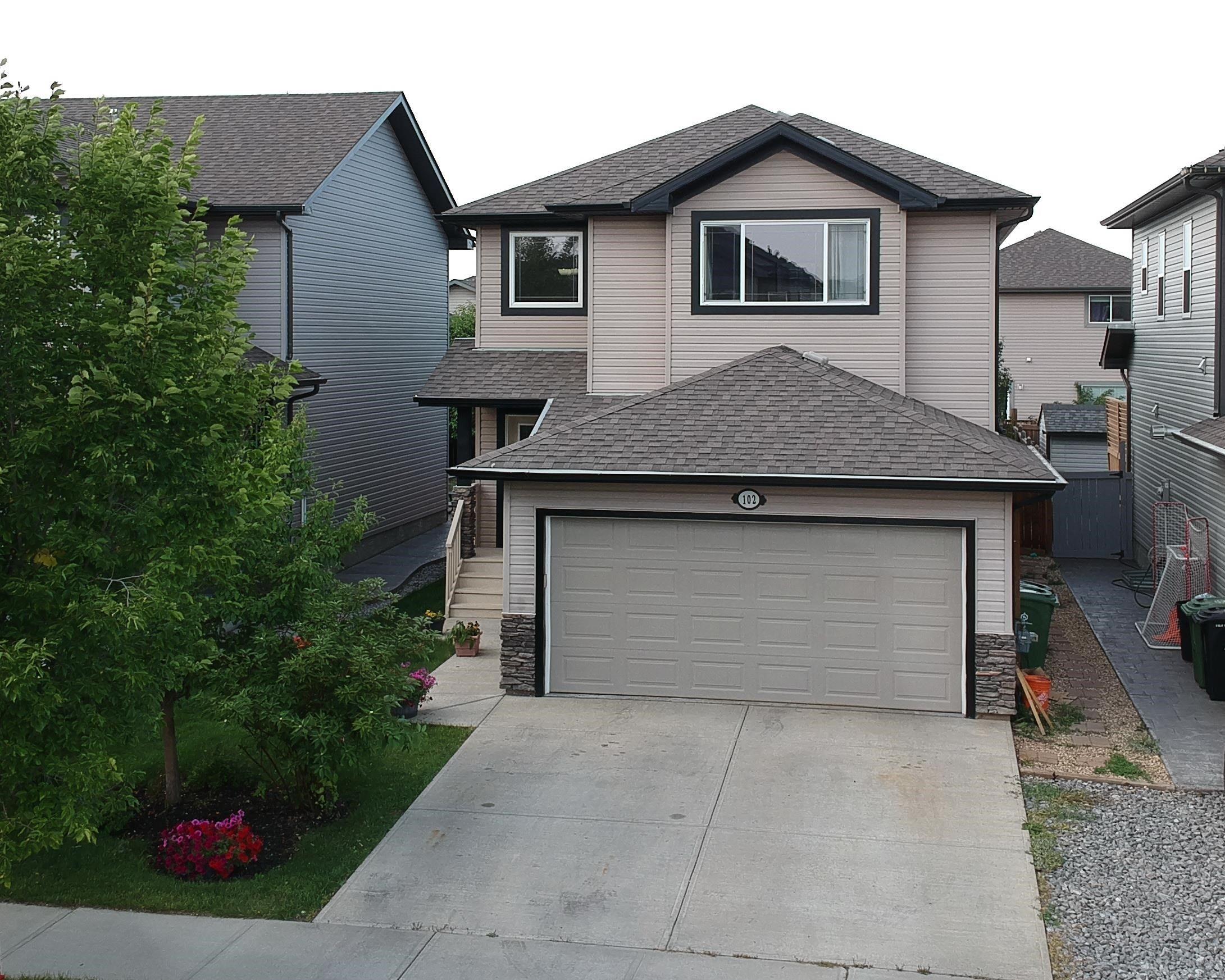 Main Photo: 102 WESTBROOK Wynd: Fort Saskatchewan House for sale : MLS®# E4261110