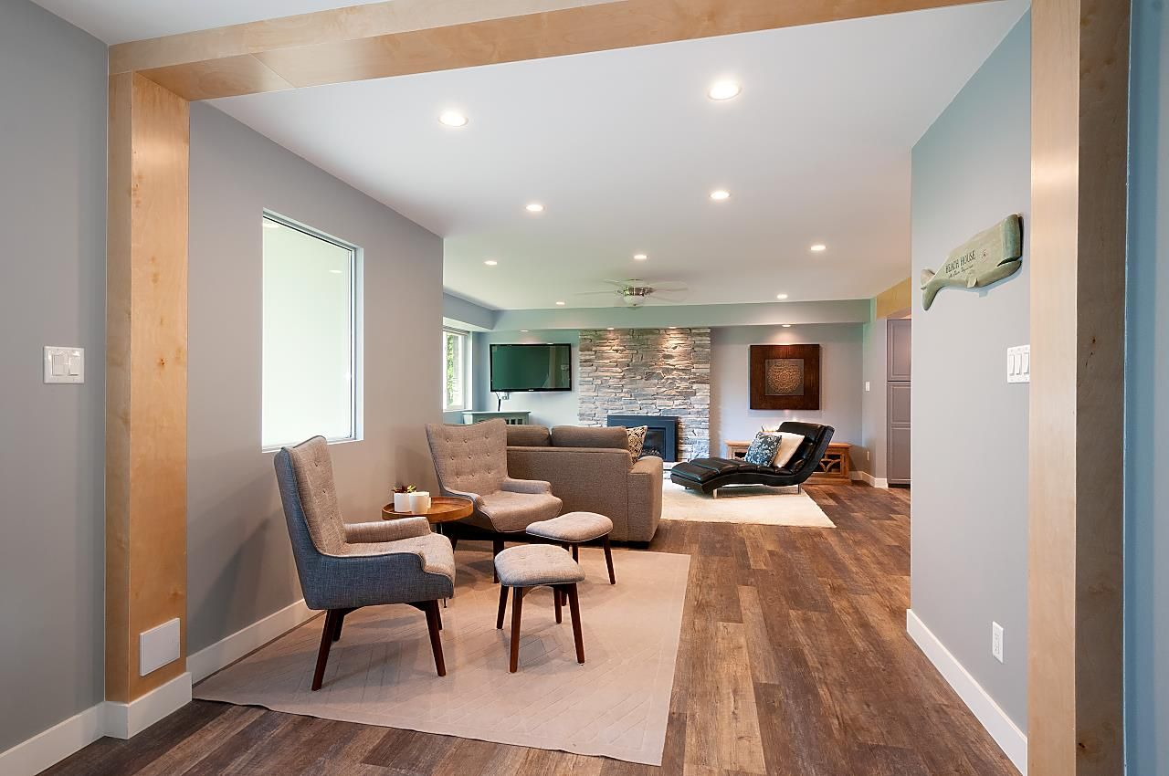 Photo 3: Photos: 4360 NOTTINGHAM ROAD in North Vancouver: Lynn Valley House for sale : MLS®# R2394443